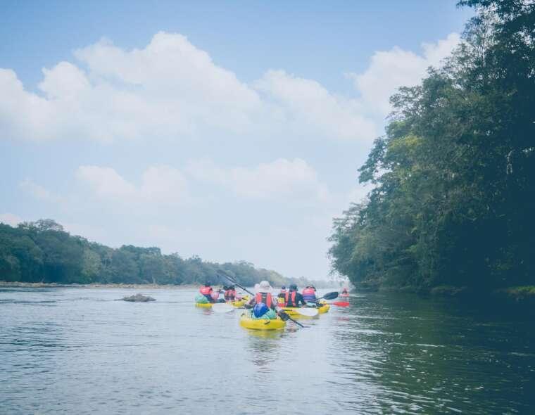 beginners kayaking